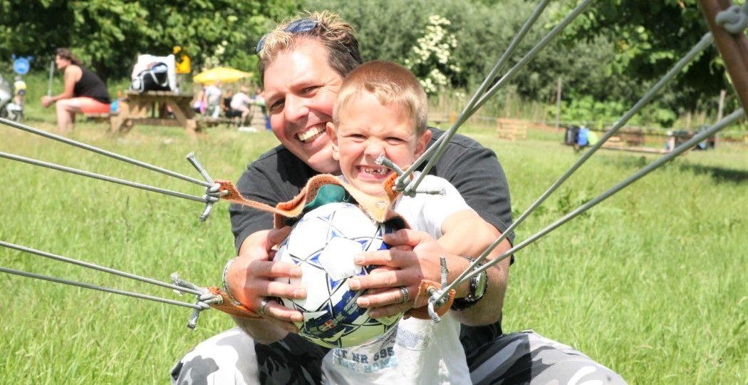 Het beste cadeau voor Vaderdag? Samen een dagje uit! Foto: Outdoorpark SEC Almere