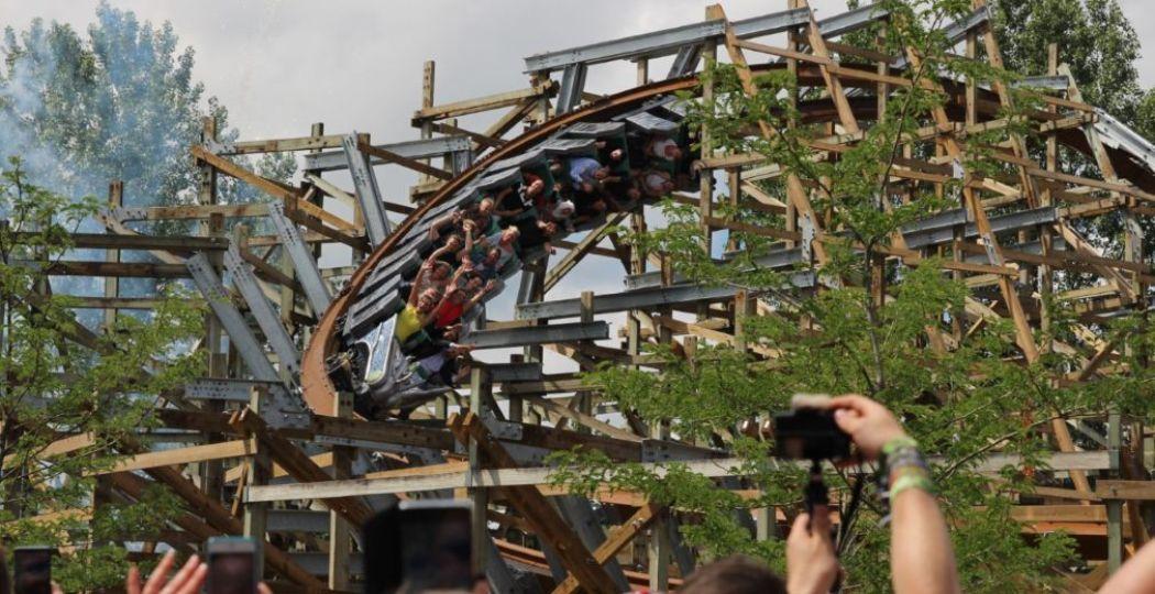 Het eerste ritje van UNTAMED in Walibi Holland tijdens de spectaculaire opening. Foto: DagjeWeg.NL