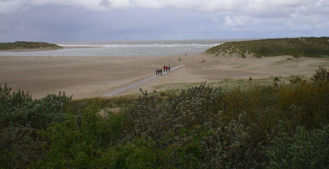 Wandelaars in natuurgebied Het Zwin bij Cadzand. Foto: DagjeWeg.NL, Henk Arendse