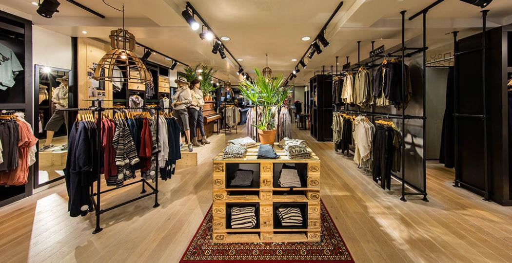 Rinsma Fashion zit vol mode, luxe en afleiding voor man en kind terwijl de vrouwen shoppen. Foto: Rinsma Fashion.
