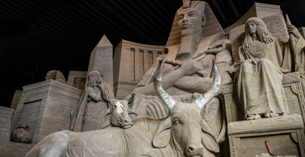Jozef en de farao. Foto: Zandverhalen.