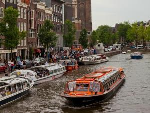 Ontdek Amsterdam vanaf het water.