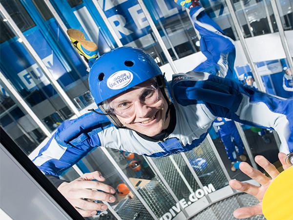 Iedereen kan vliegen. Foto: Indoor Skydive Roosendaal.