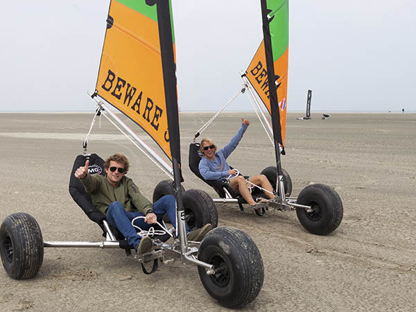 Strandzeilen bij Beware Beach.