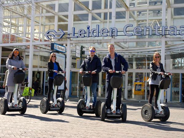 Samen op pad door Leiden. Foto: Segway Leiden.