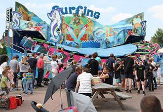 Draai mee met de supersnelle Surfing!