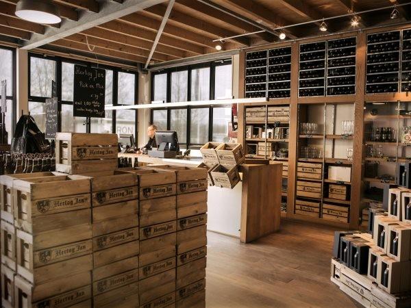 Koop een lekker aandenken in de winkel. Foto: Hertog Jan Brouwerij.