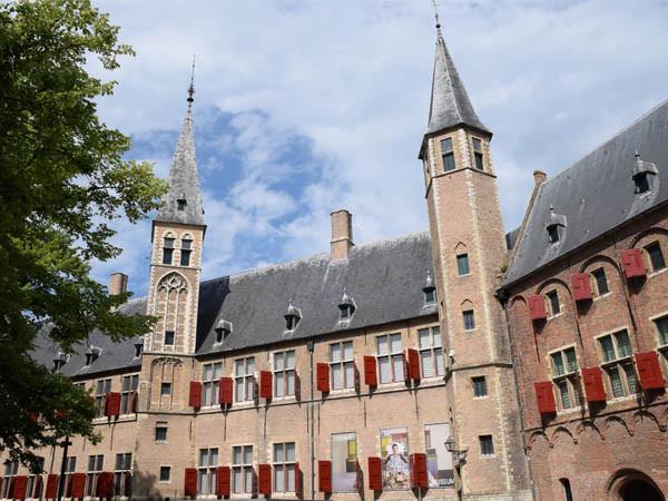 Zeeuws Museum in de middeleeuwse abdij. Foto: Redactie DagjeWeg.NL