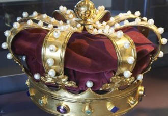 Kroon met juwelen