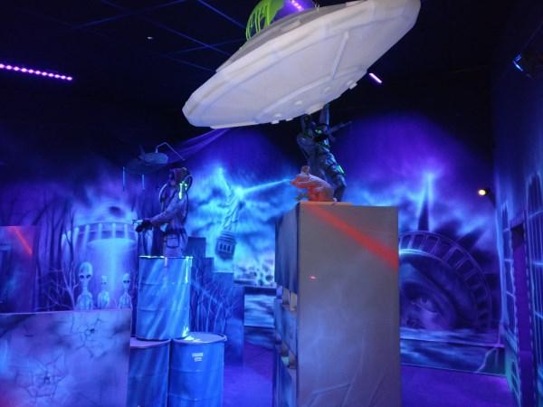 Speel met je vriendjes een potje lasergamen! Foto: Monkey Town Heerlen