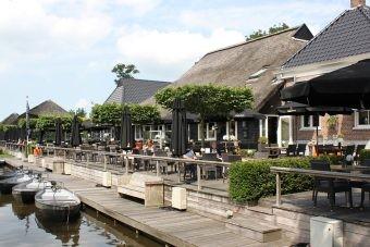 Restaurant De Grachthof in Giethoorn.