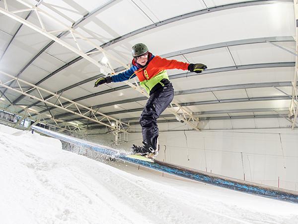 Doe stunts in het Funpark. Foto: Skidôme Terneuzen.
