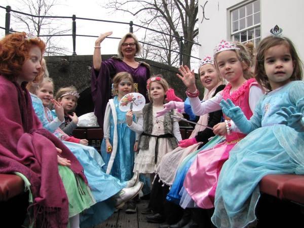 Kinderfeestje op de prinsessenboot. Foto: Waterlijn Amersfoort